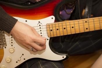 エレキギターのコードってなんでしょう